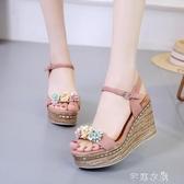 楔形鞋涼鞋女時尚韓潮花朵鬆糕厚底涼鞋坡跟一字扣舒適露趾 芊惠衣屋