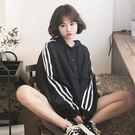(全館一件免運)DE SHOP~(A-6151)韓版BF風寬鬆條紋連帽短款風衣休閒外套