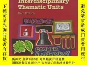 二手書博民逛書店A罕見Guide For Developing Interdisciplinary Thematic Units