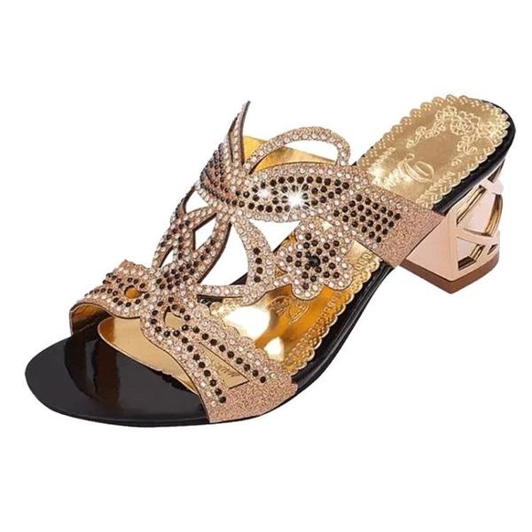 中跟涼鞋 夏季女士時尚粗跟拖鞋新款中跟外穿水鑽媽媽鞋一字拖高跟鞋女 鉅惠85折