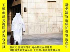 二手書博民逛書店Debating罕見Arab AuthoritarianismY255562 Oliver Schlumber