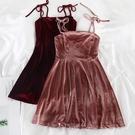 L058港味ins網紅款性感小心機短裙綁帶蝴蝶結吊帶金絲絨連身裙潮 貝芙莉
