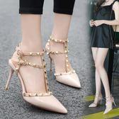 高跟鞋細跟女鞋18夏季鉚釘尖頭一字扣顯瘦女涼鞋漆皮柳釘細跟涼鞋  米娜小鋪