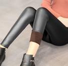 88柑仔店--大碼秋冬女不倒絨加絨加厚仿皮褲打底褲外穿大碼緊身彈力保暖長褲 (A0720)