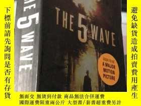 二手書博民逛書店THE罕見5 WAVE 外文Y24878 Rick Yancey Penguin 出版2013