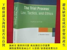 二手書博民逛書店The罕見Trial Process:Law,Tactics,a