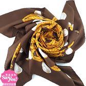 【奢華時尚】秒殺推薦!CHANEL 金色雙C鍊帶印花棕色絲質大披肩圍巾(八五成新)#23093