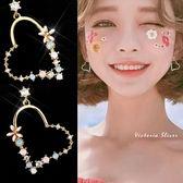 925純銀針  韓國優雅氣質  愛心花朵彩鑽  耳環-維多利亞181028