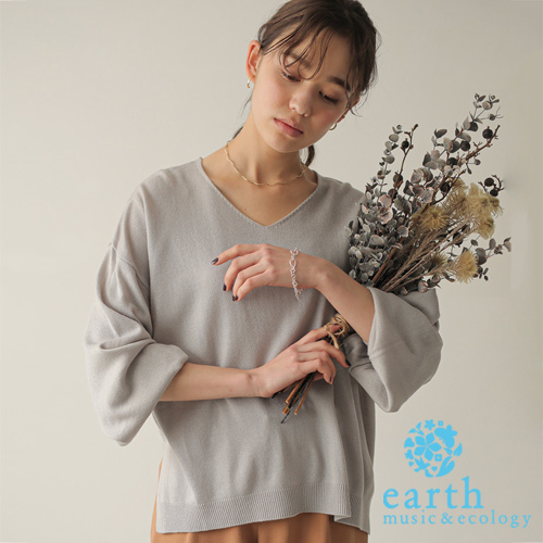 「Hot item」V領落肩蓬袖針織上衣 - earth music&ecology