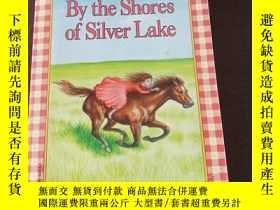 二手書博民逛書店By罕見the Shores of Silver Lake(英文原版)Y208076 Laura Ingall