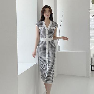 OL洋裝小禮服裙0235#夏裝韓版氣質V領修身中長款單排扣拼色千鳥格針織連身裙E49快時尚