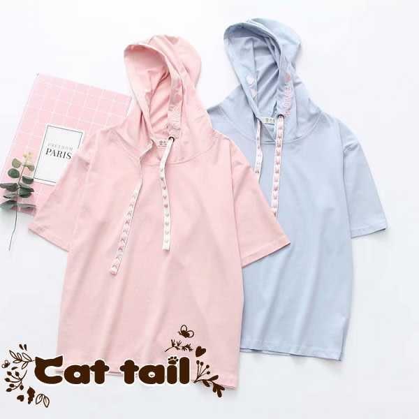 《貓尾巴》TS-01879 簡約愛心刺繡連帽短袖T恤(森林系 日系 棉麻 文青 清新)