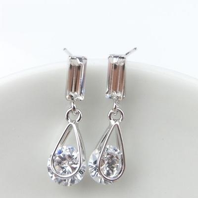 耳環 925純銀鑲鑽-獨特大方生日情人節禮物女耳針2色73gt78【時尚巴黎】