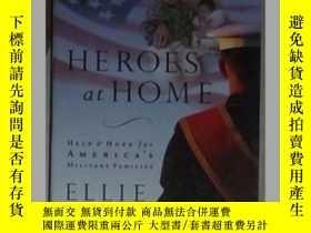 二手書博民逛書店英文原版罕見Heroes At Home by Ellie Ka