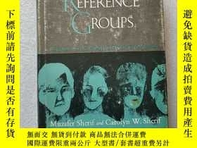 二手書博民逛書店REFERENCE罕見GROUPS( Exploration into conformity and deviat