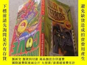 二手書博民逛書店valley罕見of terrors 恐怖谷Y200392