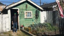 Substitute teacher turns garden shed into used bookstore
