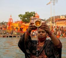 Haridwar: Hundreds test positive for Covid at Kumbh Mela