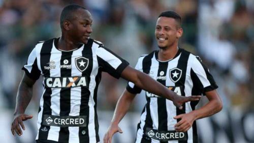 Botafogo prega concentração e pés no chão contra a Portuguesa