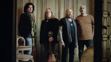 Video Premiere: Gov't Mule Debuts Live 'Dark Was the Night, Cold Was the Ground'