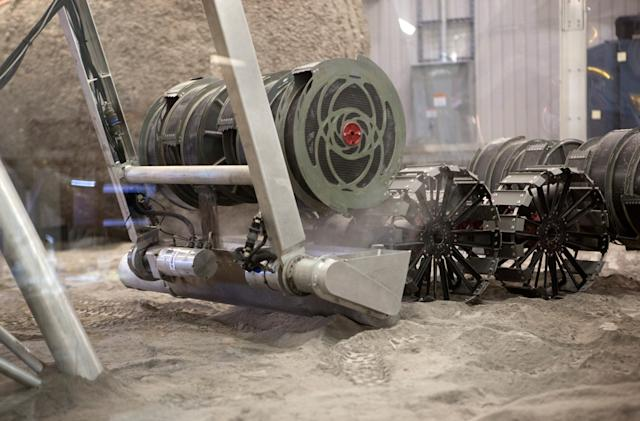 NASA crowdsourcing helps build a better Moon digging robot