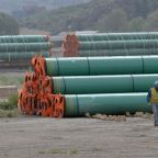 U.S. OKs Kinder Morgan request to start Texas Lockridge natgas pipe work