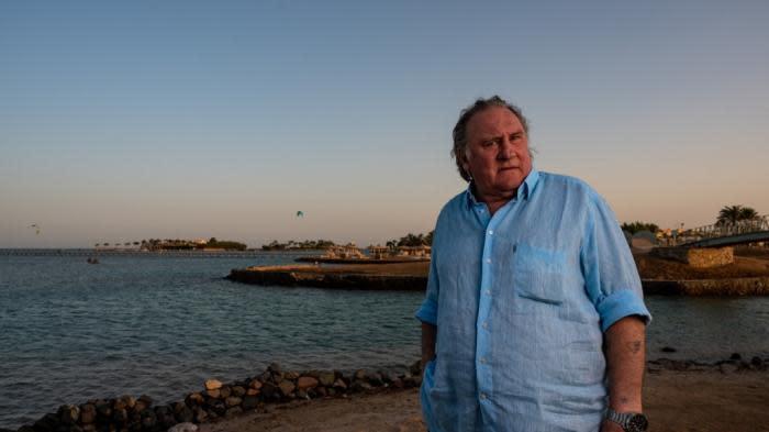 """Mis en examen pour viols et agressions sexuelles, Gérard Depardieu dénonce des """"mensonges"""" et se dit """"innocent"""""""