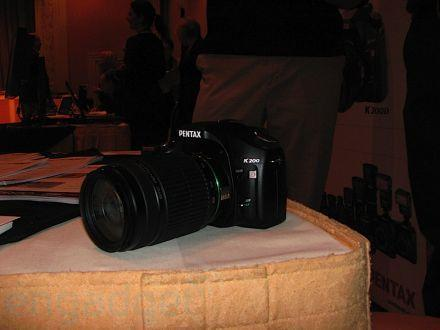 Hands-on with the Pentax K200D DSLR