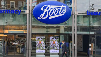 Boots to scrap plastic bags from every UK store