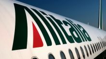 Alitalia's future in doubt as staff grounds rescue plan