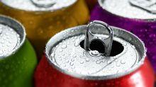 Non, les boissons avec des édulcorants ne sont pas forcément plus saines que les boissons sucrées
