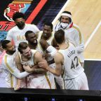 Luka Doncic hits buzzer-beating, 3-point floater to stun Grizzlies