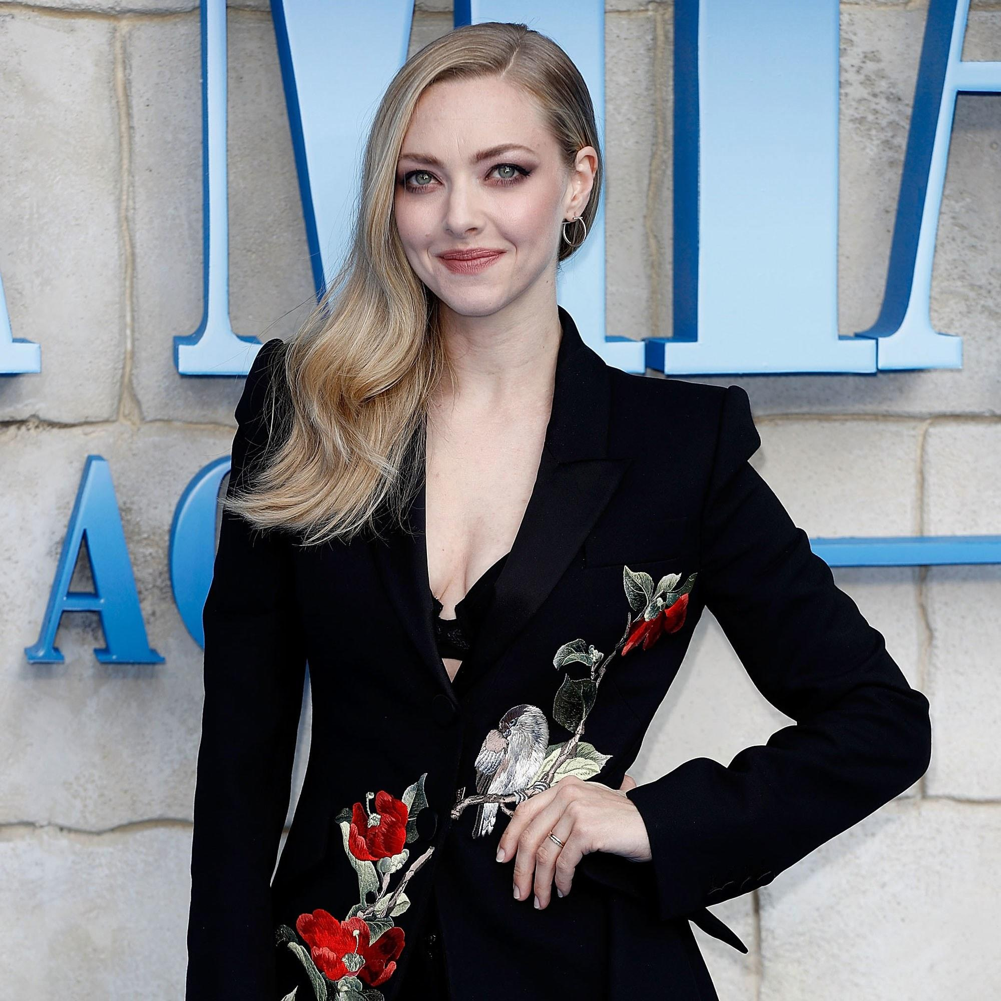 Amanda Seyfried Dr House amanda seyfried just pulled off the easiest red carpet hair
