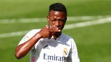 Madrid vence a Levante con goles de Vinicius y Benzema, lidera liga española