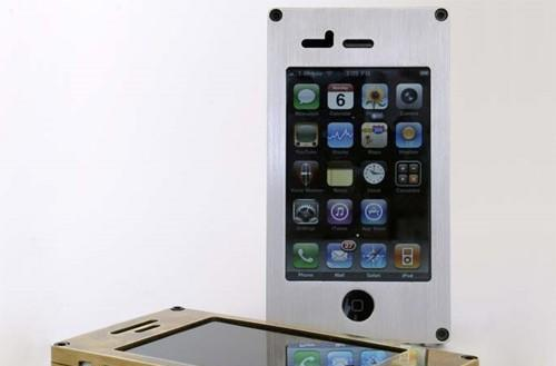 EXOvault case wraps your iPhone in cold, hard steel