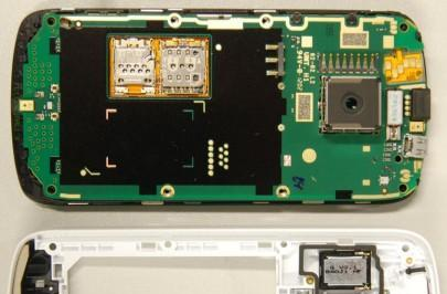 Nokia 808 PureView pops up at the FCC, has innards splayed across the internet