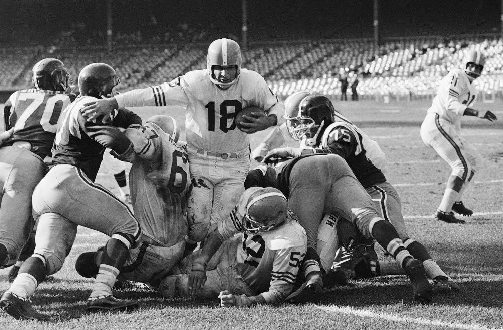 Inaugural QB for Denver Broncos dies at 85