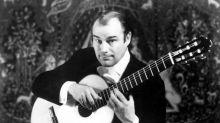 Julian Bream, grand guitariste et luthiste britannique, est mort à l'âge de 87 ans