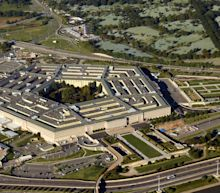 Amazon protests pentagon's cloud contract to Microsoft