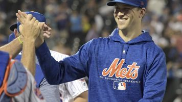 Jacob deGrom transcends miserable Mets season to win NL Cy Young award