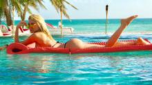 Vicky Xipolitakis, infartó con sus fotos hot desde el paraíso