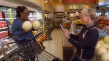 Oprah and Ellen run amok in a grocery store
