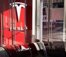 Tesla Loses Supply Management Chief as Exodus Worsens