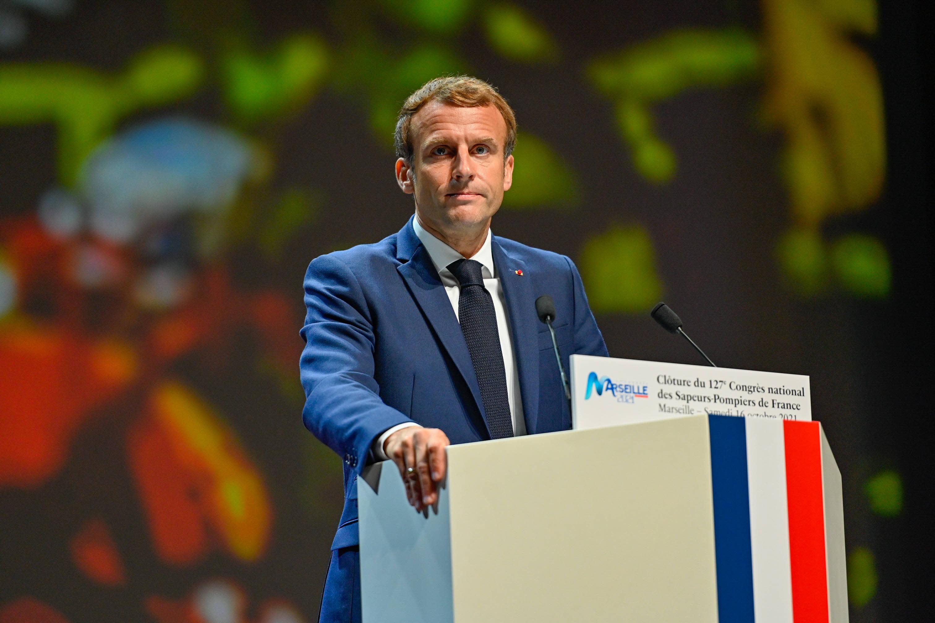 La popularité d'Emmanuel Macron recule en octobre