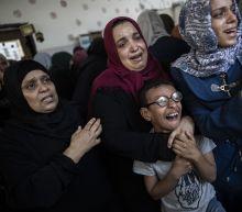 Israeli troops kill 3 Palestinians near Gaza fence