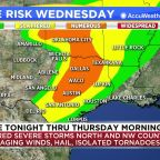 Houston weather: Scattered showers Wednesday, strong storms Thursday morning