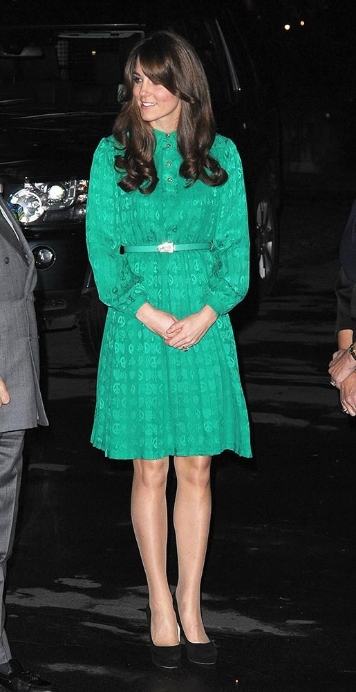 Kate was glowing in an emerald green Mulberry dress for an opening at the Natural History Museum.