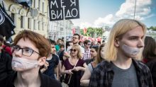 Russians march against state internet crackdown