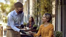 Covid-19 : les restaurants et les bars, lieux de propagation de l'épidémie, selon une étude