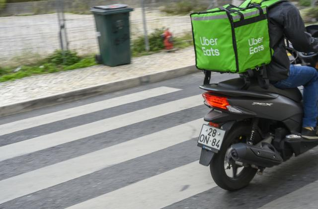 Uber expands its Pro reward scheme to Uber Eats delivery people